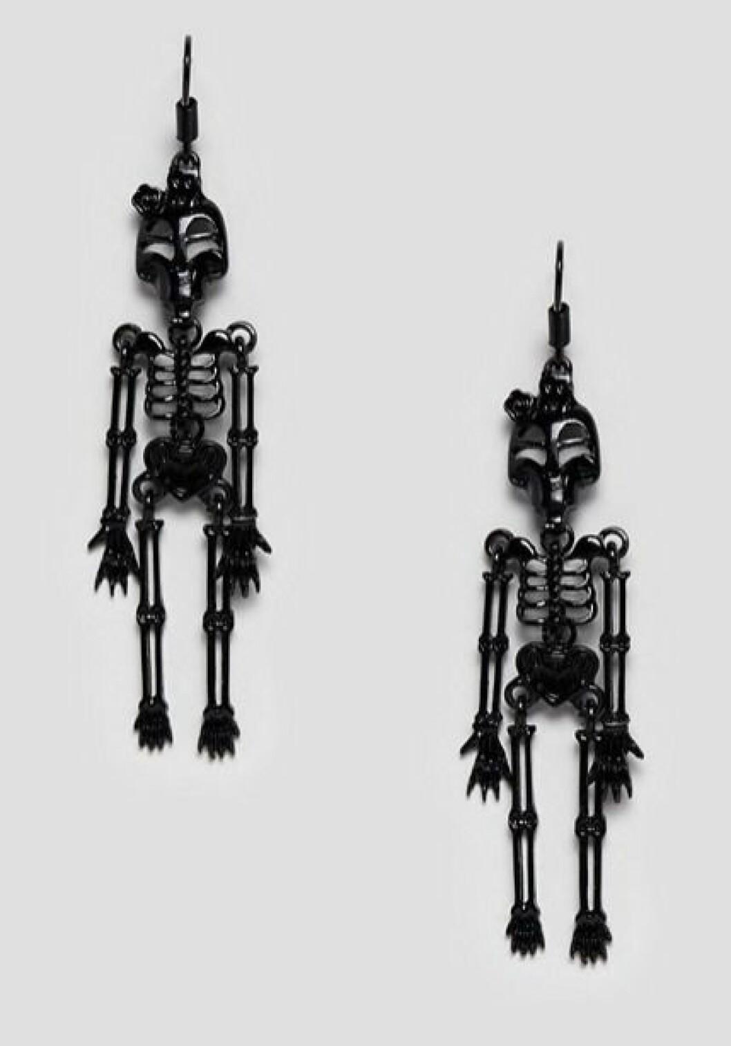 skelettorhangen-asos