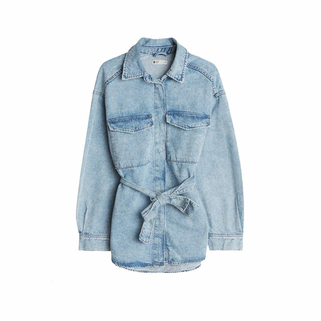Sjortjacka i jeans från Gina Tricot