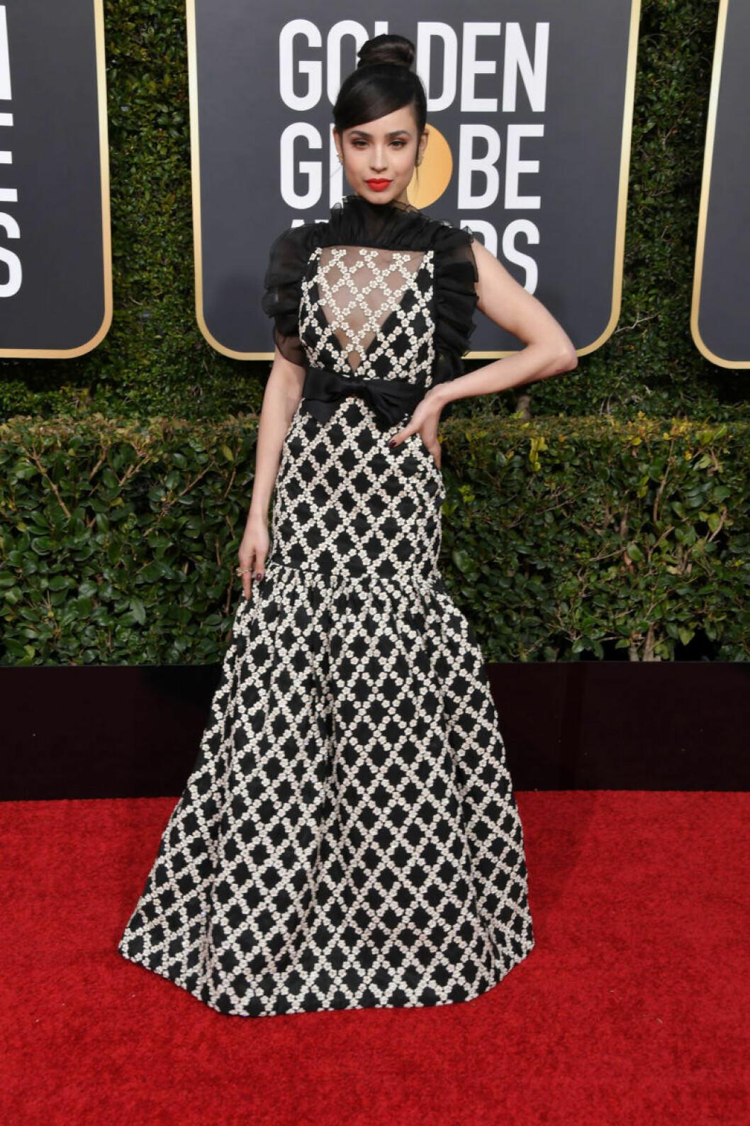 Sofia Carson Golden Globe 2019