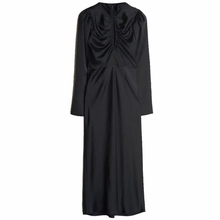 svart klänning gina tricot