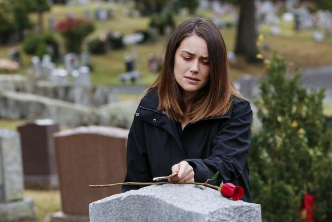 En bild på skådespelerskan Megan Boone från tv-serien The Blacklist.