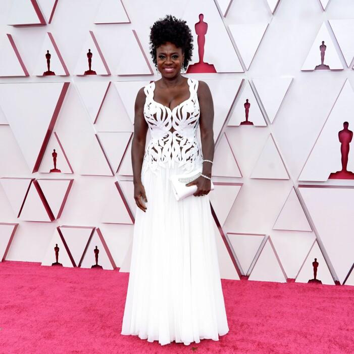 Viola Davis på röda mattan på Oscarsgalan 2021