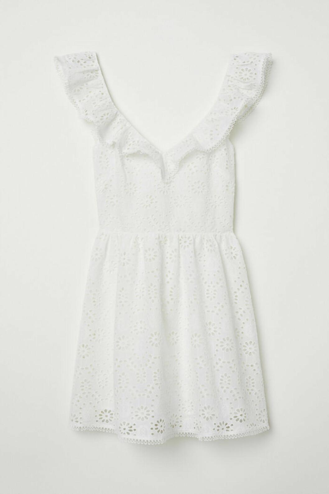 Billig studentklänning i spets från H&M