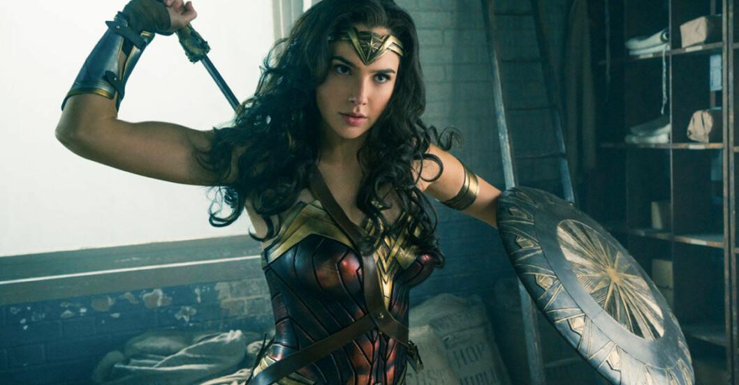 Wonder-woman-biopremiar