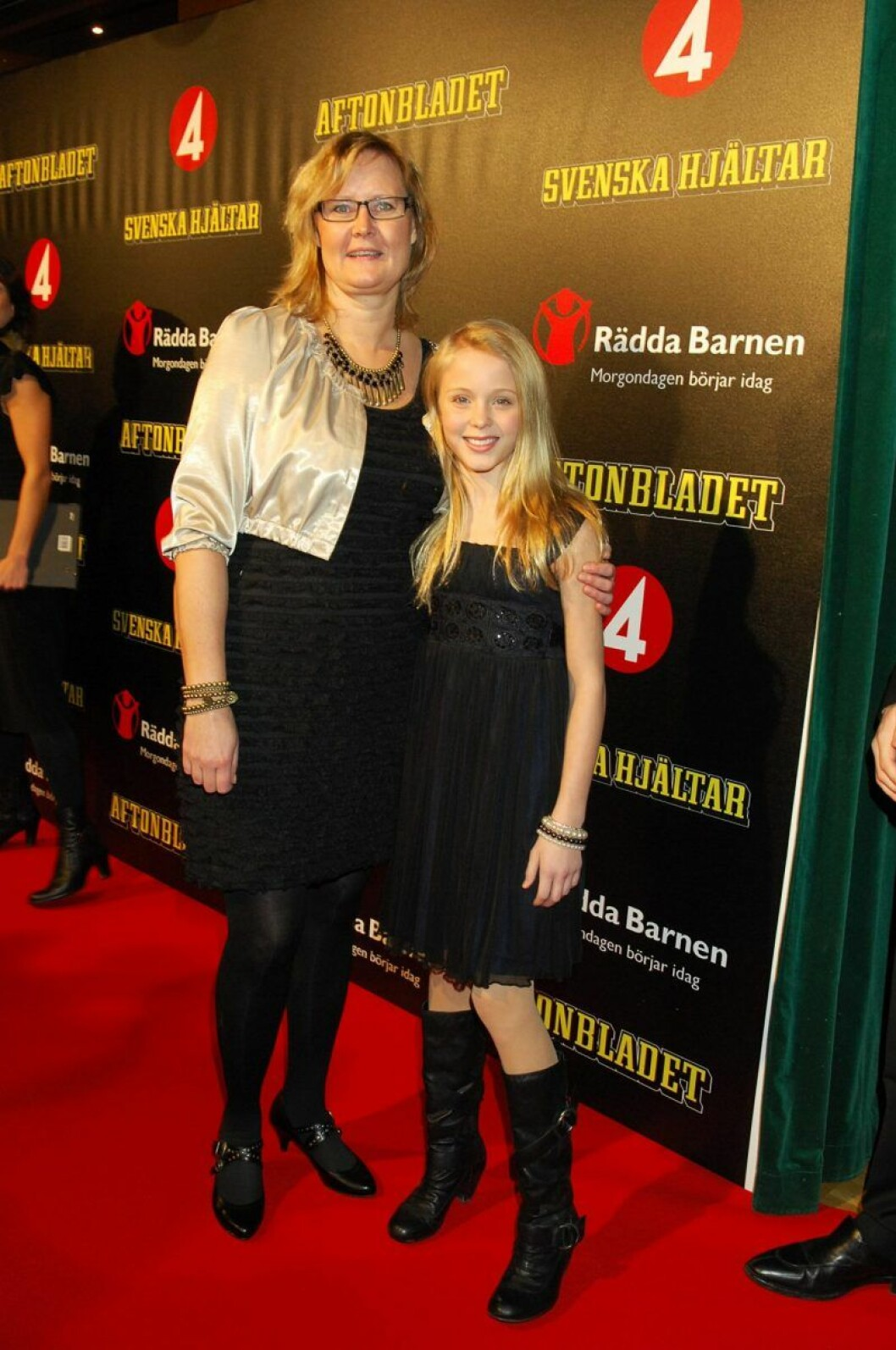 Zara Larsson och mamma Agnetha Larsson på röda mattan
