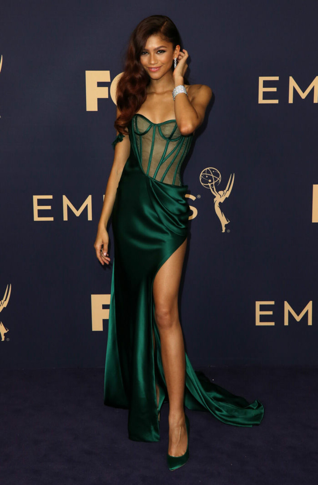 En bild på skådespelerskan Zendaya på Emmy Awards 2019.